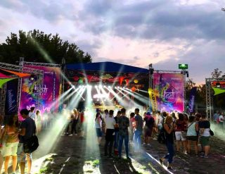 The biggest Color Party in Hungary! @holipeacebudapest  Light&Sound provided by @dklight.rental  #sound #light# #stage #audio #rcf #chauvet #madrix #powersoft #stagelighting #production